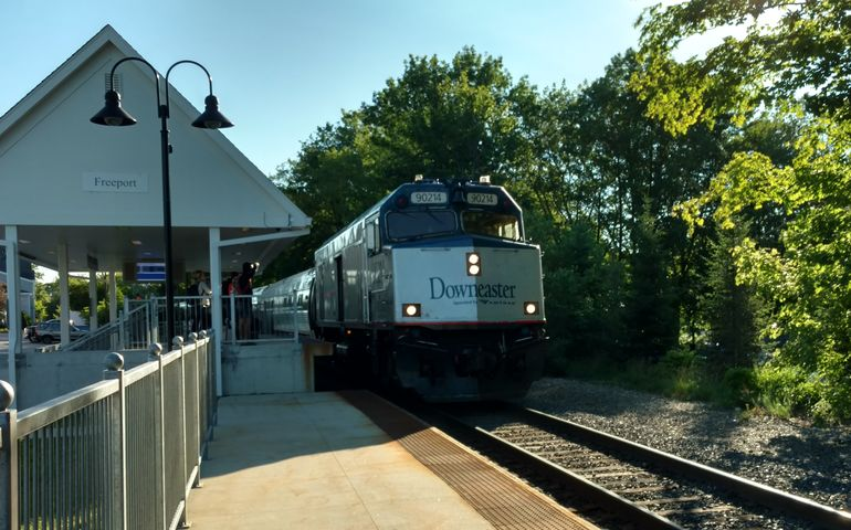 passenger train at Freeport station